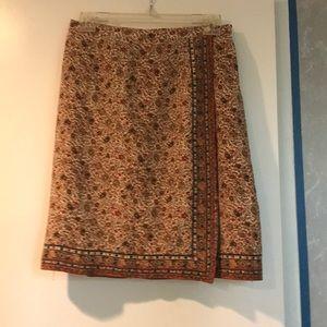 G—Women's skirt